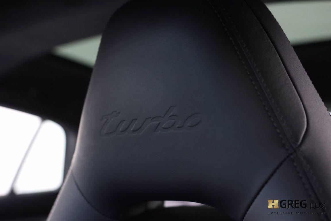 2017 Porsche Panamera Turbo #33