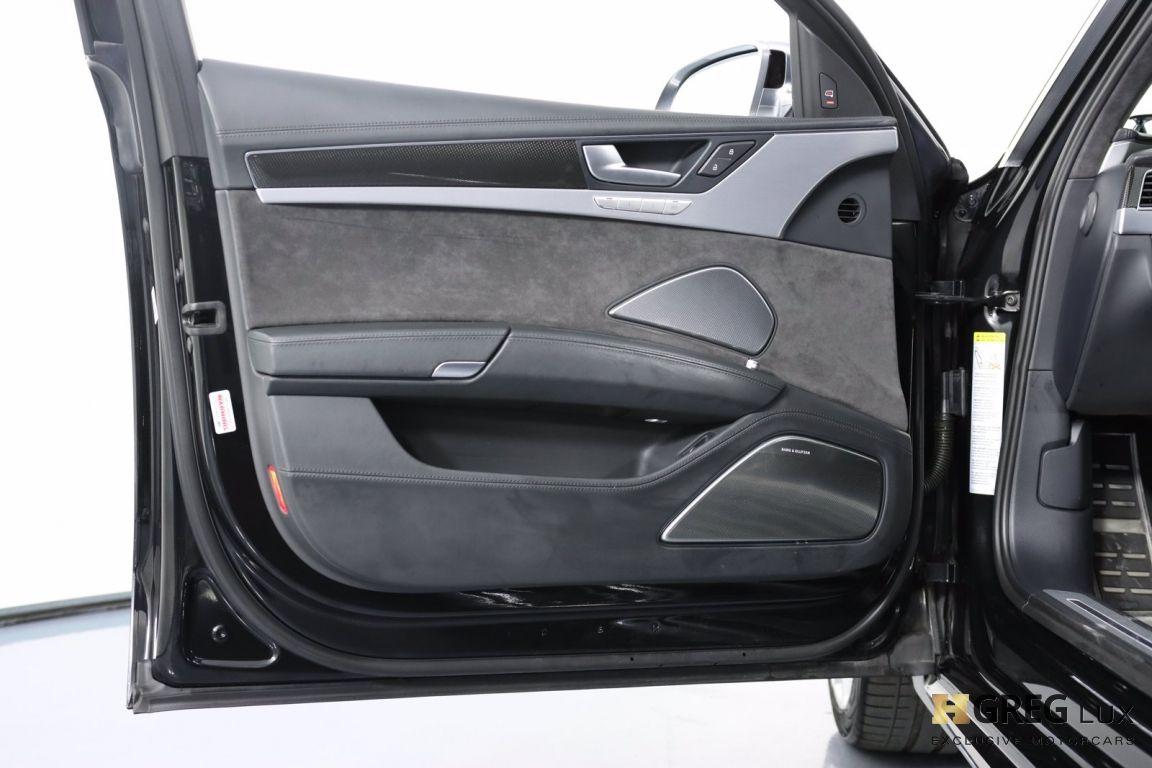 2016 Audi S8 Plus #40