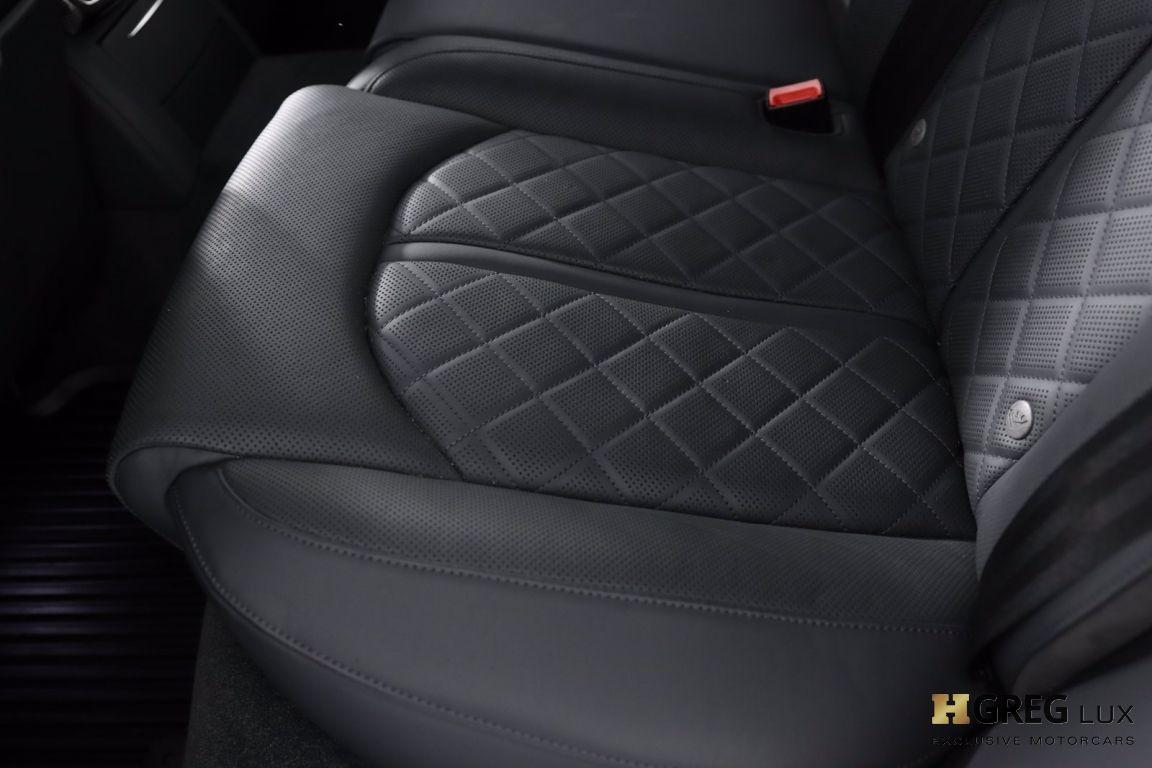 2016 Audi S8 Plus #37