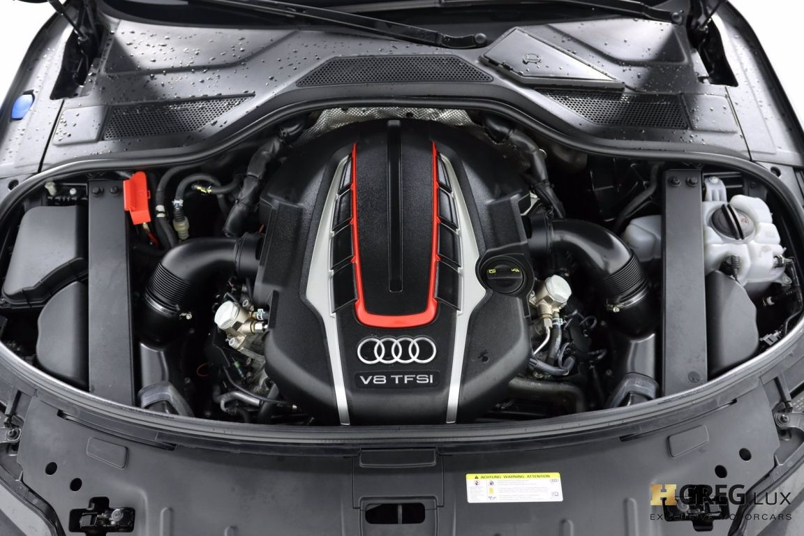 2016 Audi S8 Plus #66