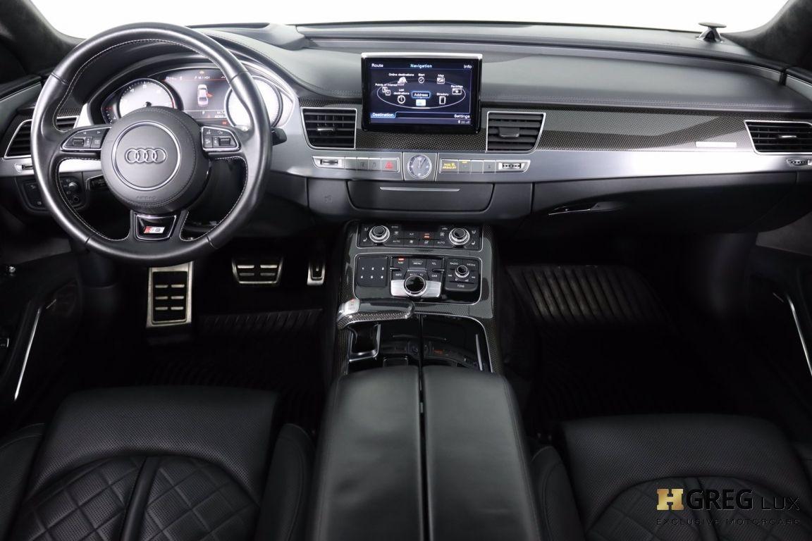 2016 Audi S8 Plus #32