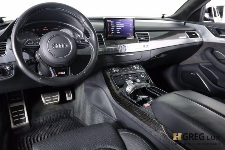 2016 Audi S8 Plus #1