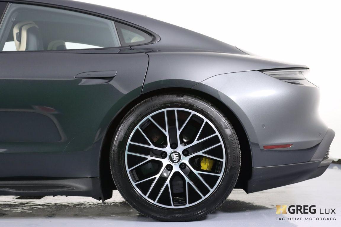 2020 Porsche Taycan Turbo S #29