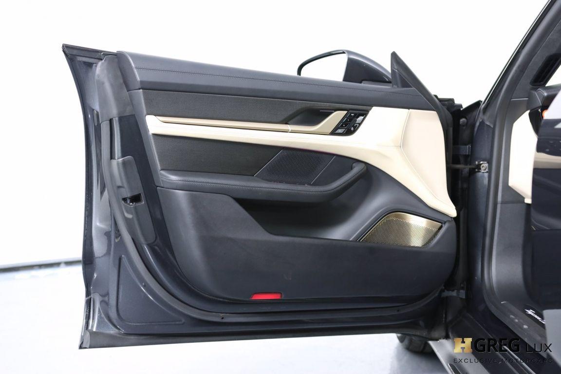 2020 Porsche Taycan Turbo S #43