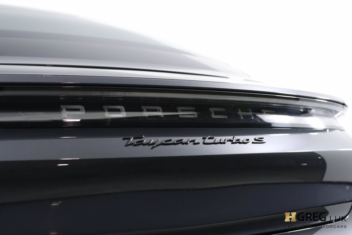 2020 Porsche Taycan Turbo S #22