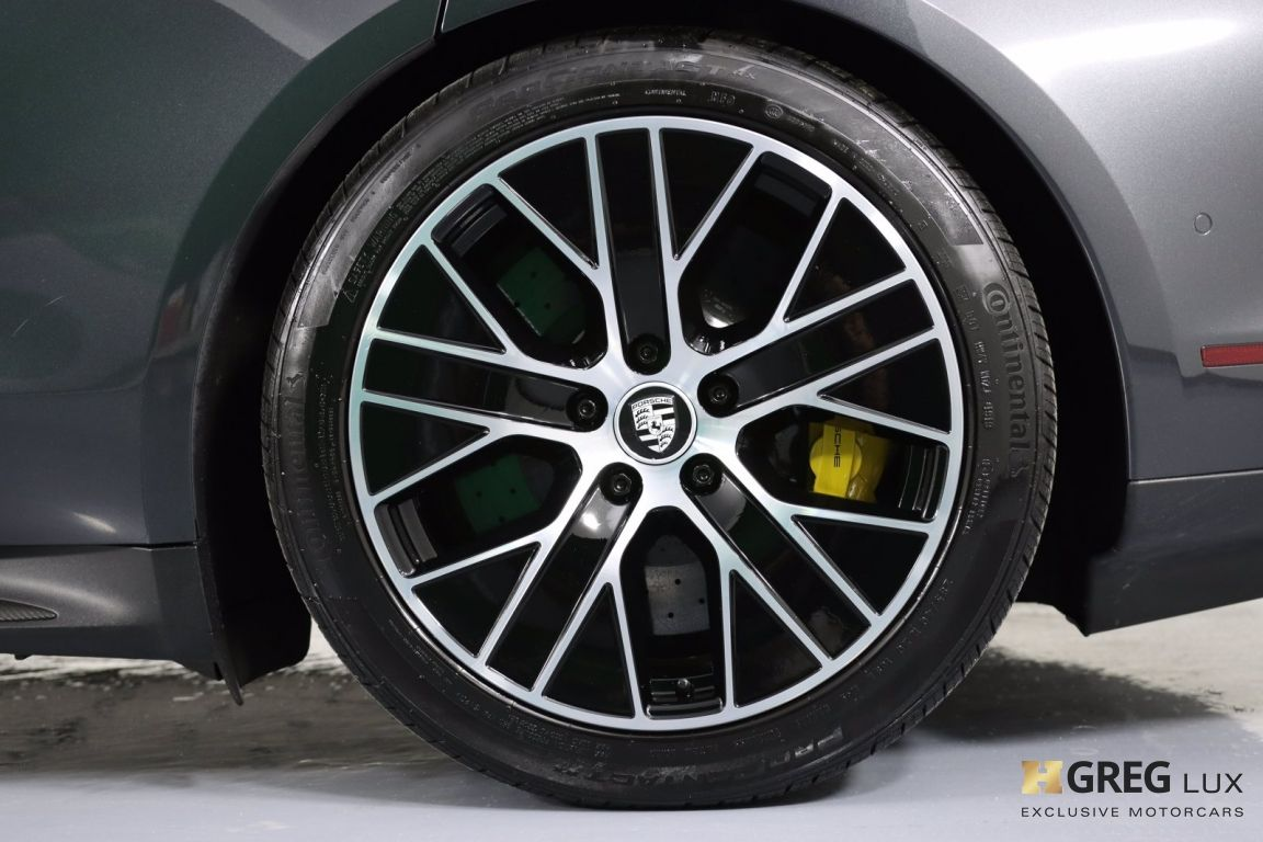 2020 Porsche Taycan Turbo S #30