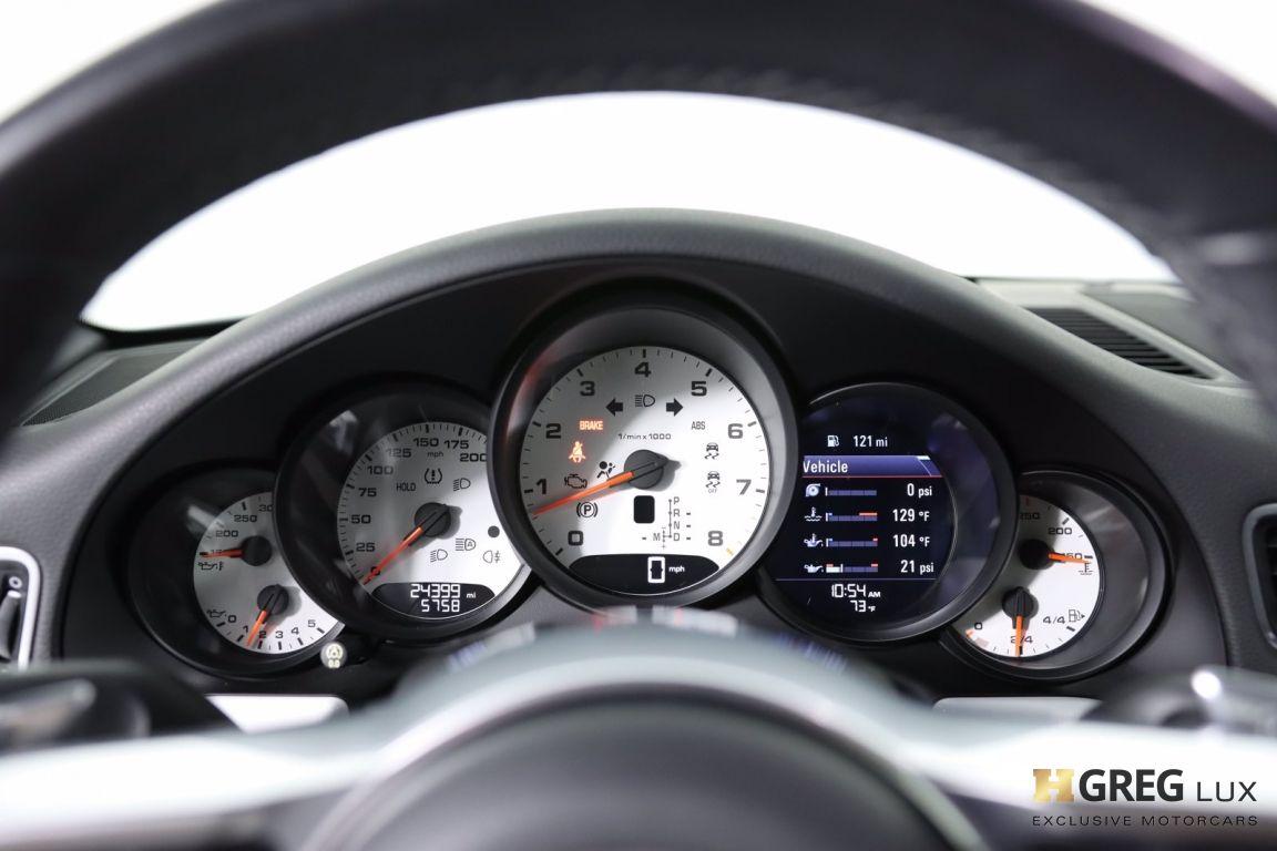 2017 Porsche 911 Carrera #61