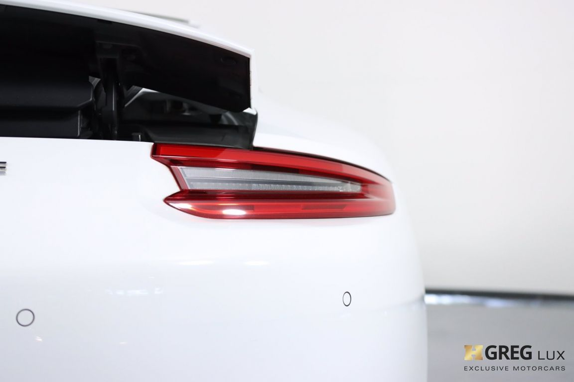 2017 Porsche 911 Carrera #22