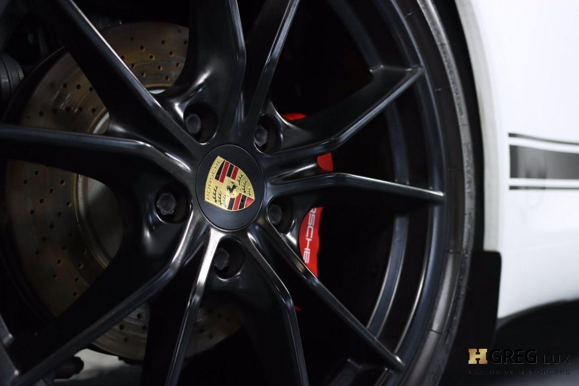 2017 Porsche 911 Carrera #18