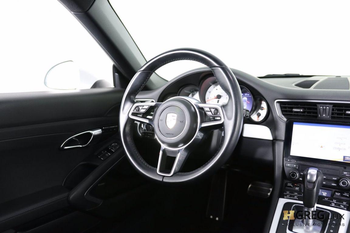 2017 Porsche 911 Carrera #56