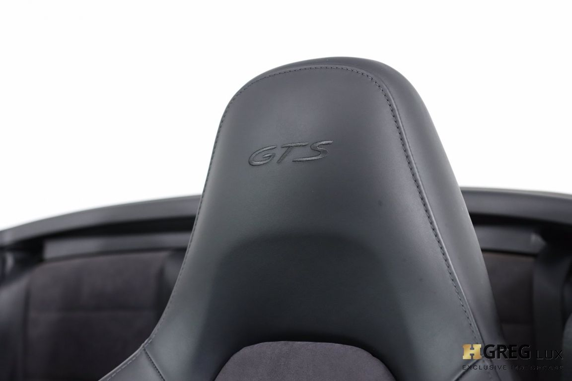 2015 Porsche 911 Carrera GTS #36