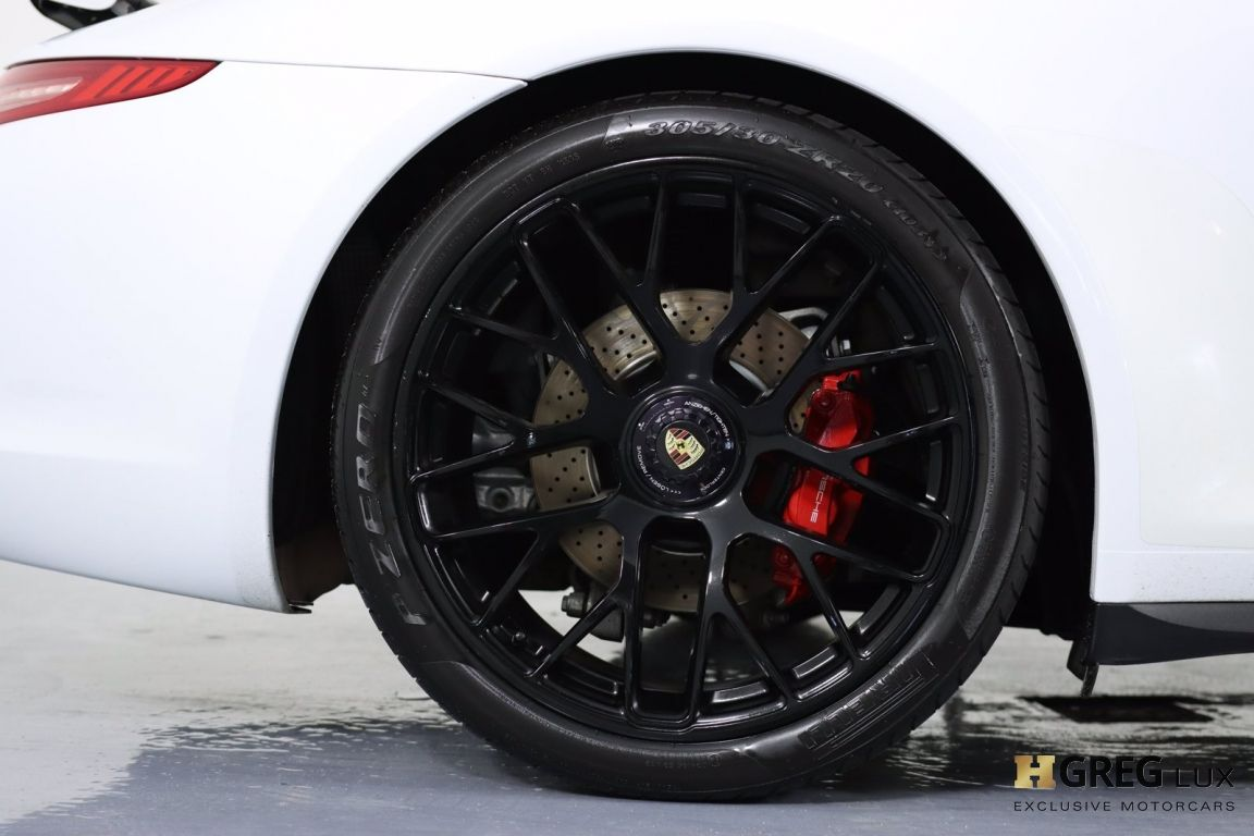 2015 Porsche 911 Carrera GTS #18