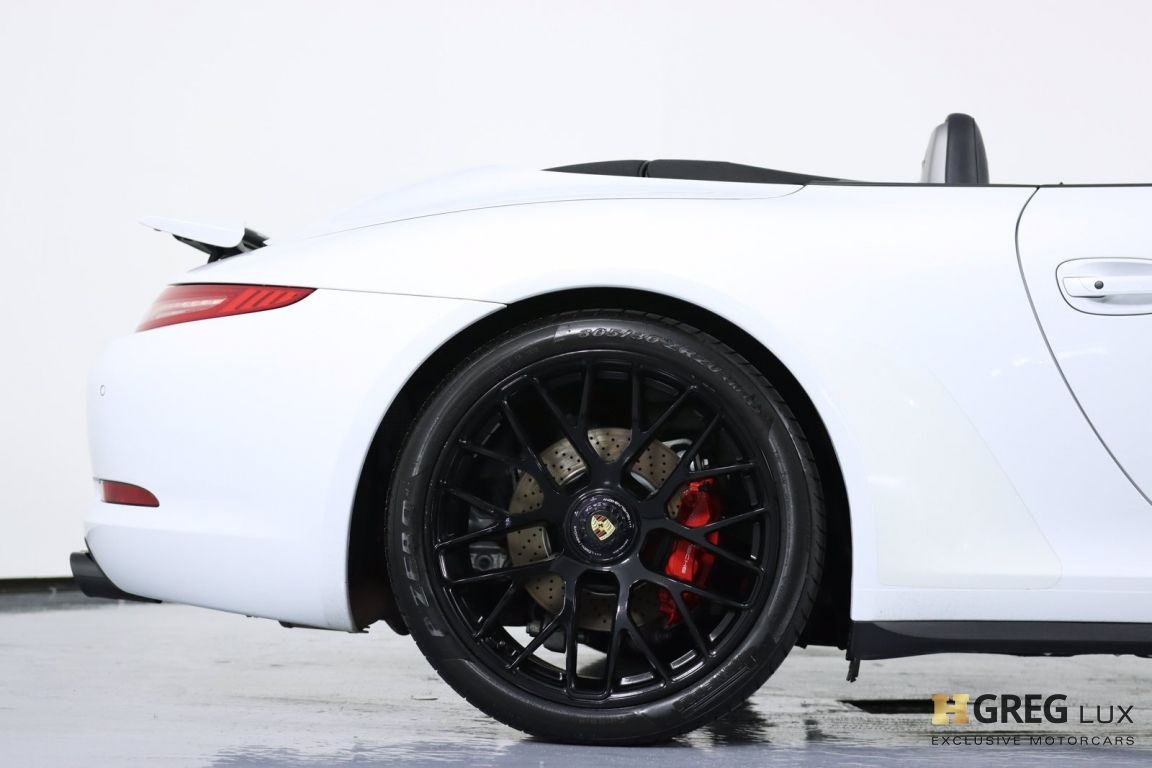 2015 Porsche 911 Carrera GTS #17