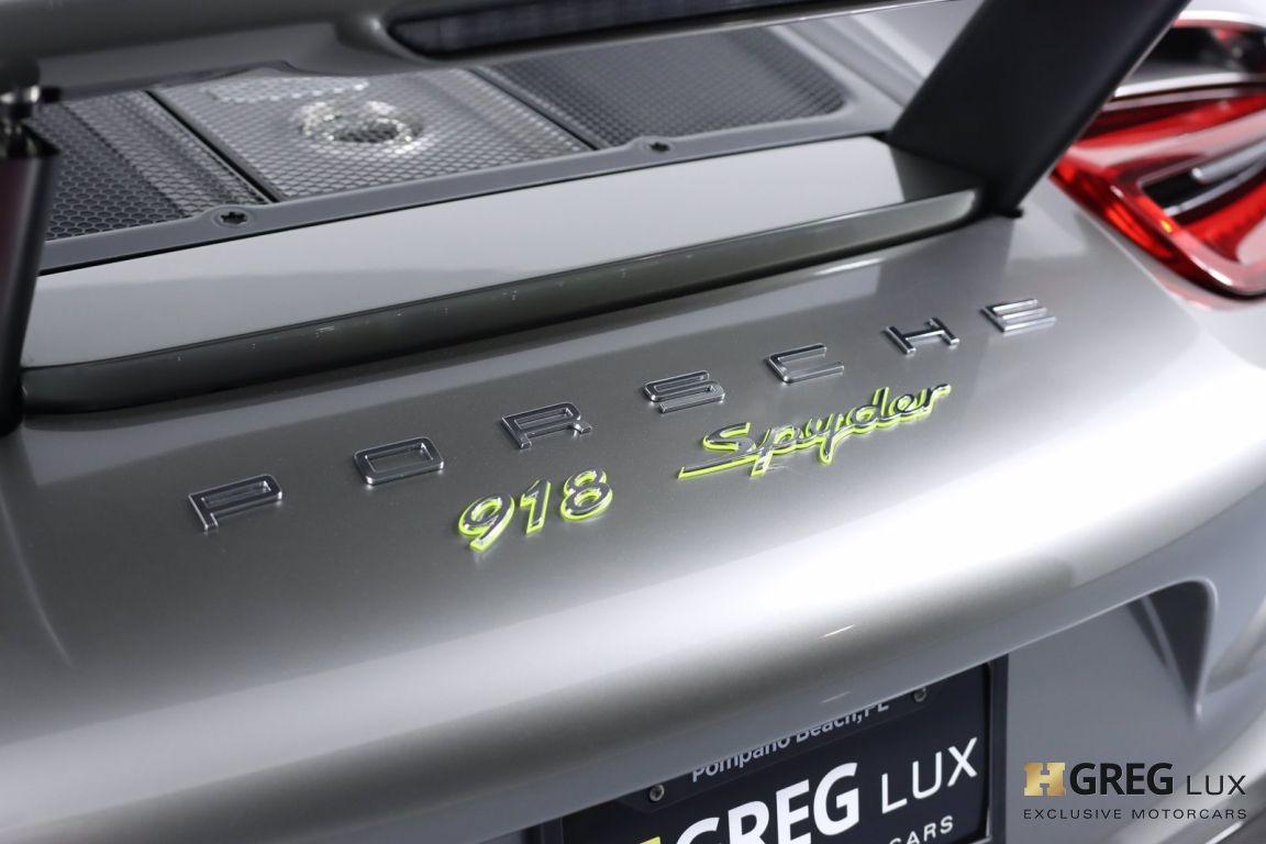 2015 Porsche 918 Spyder  #24