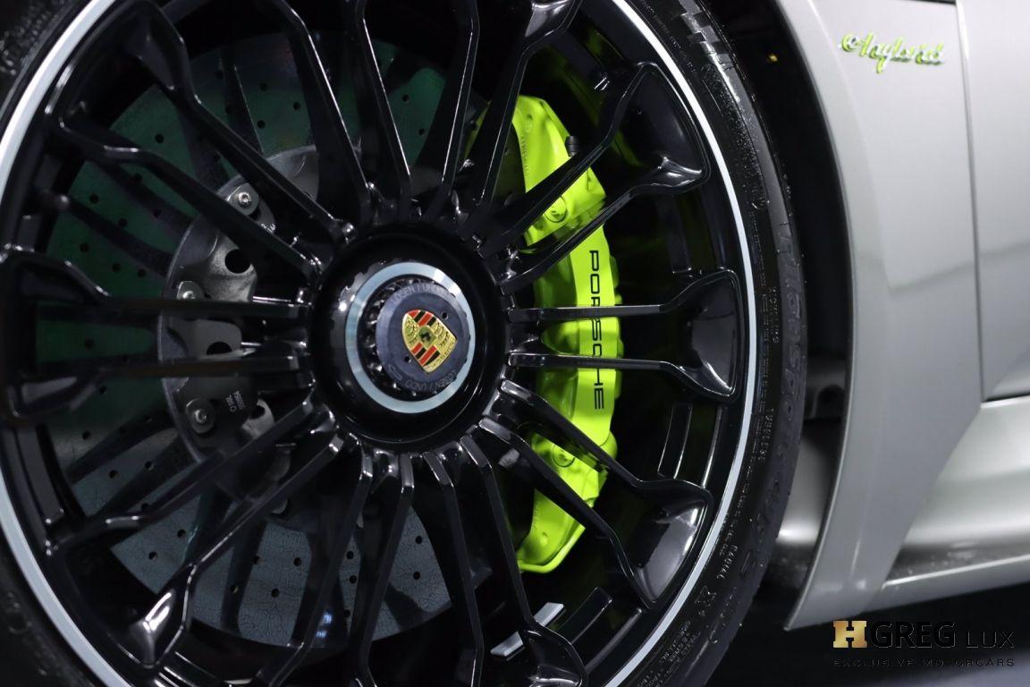 2015 Porsche 918 Spyder  #34