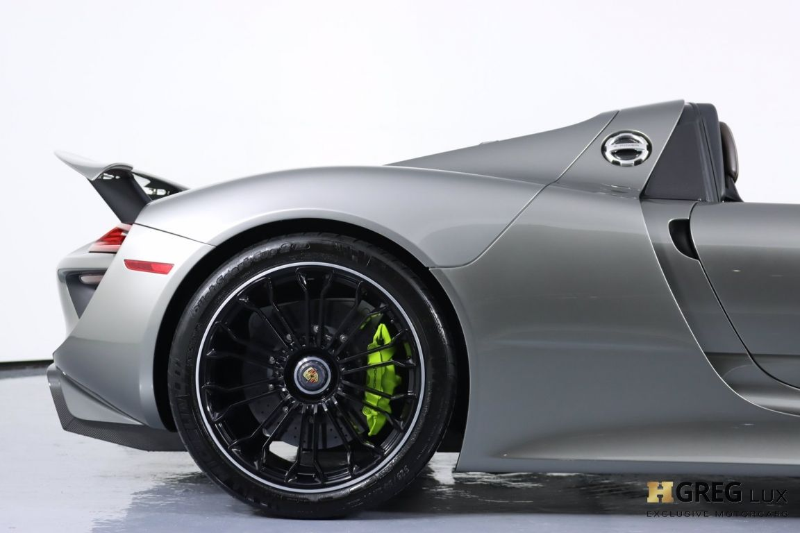 2015 Porsche 918 Spyder  #17