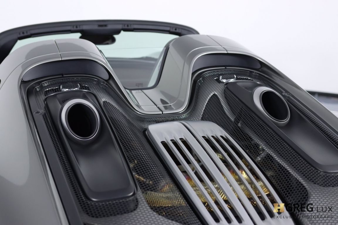 2015 Porsche 918 Spyder  #29
