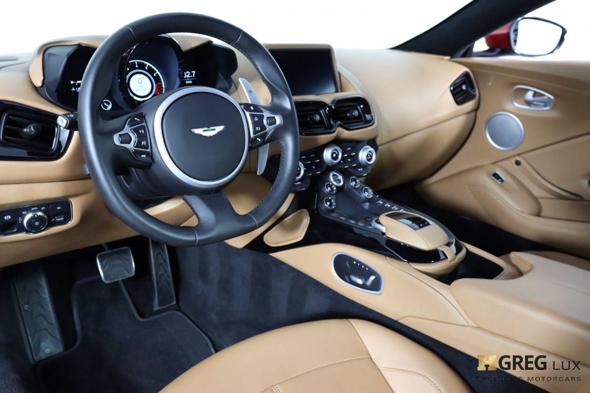 2020 Aston Martin Vantage Base #1
