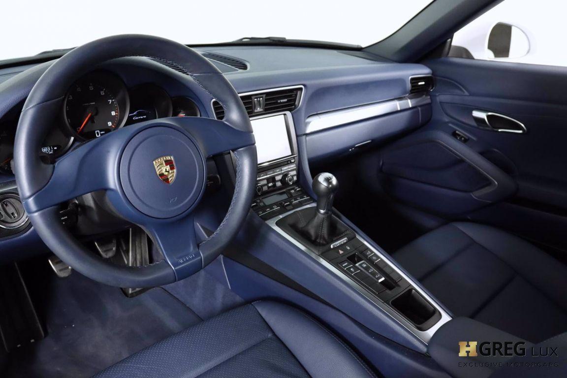 2014 Porsche 911 Carrera 4 #1