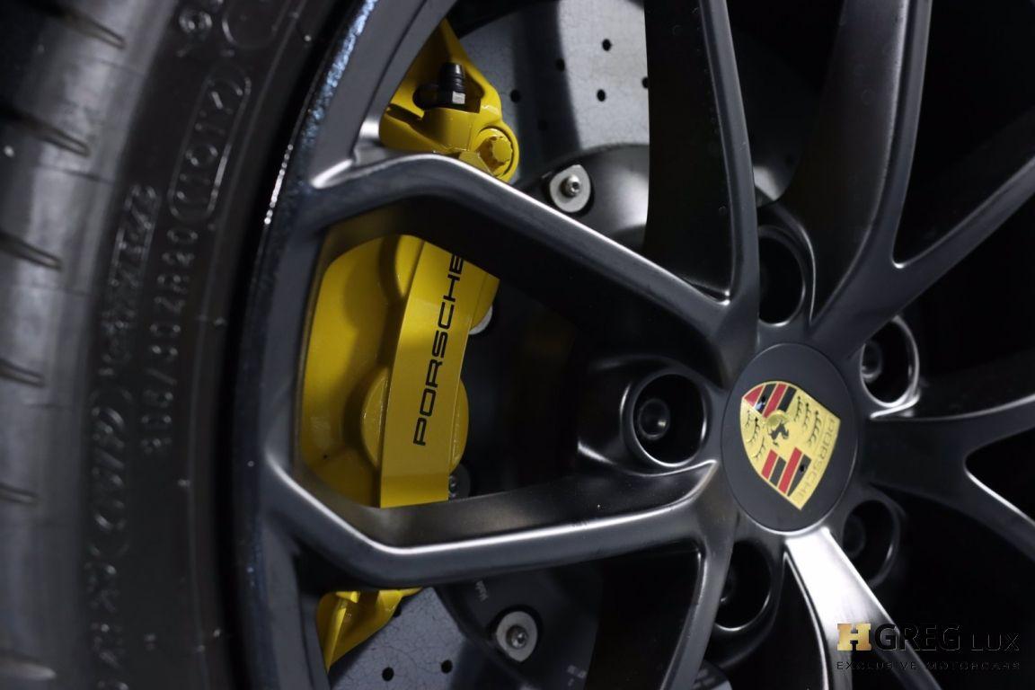 2020 Porsche 718 Spyder  #33