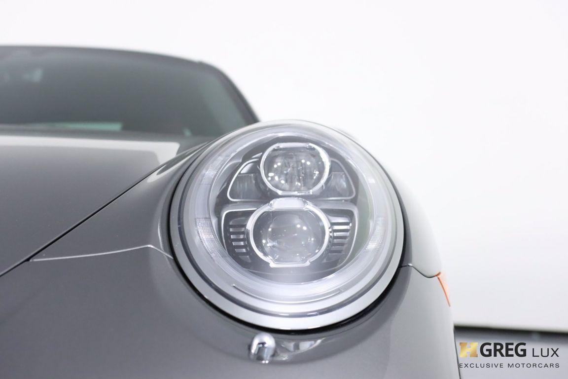 2017 Porsche 911 Carrera 4 #5