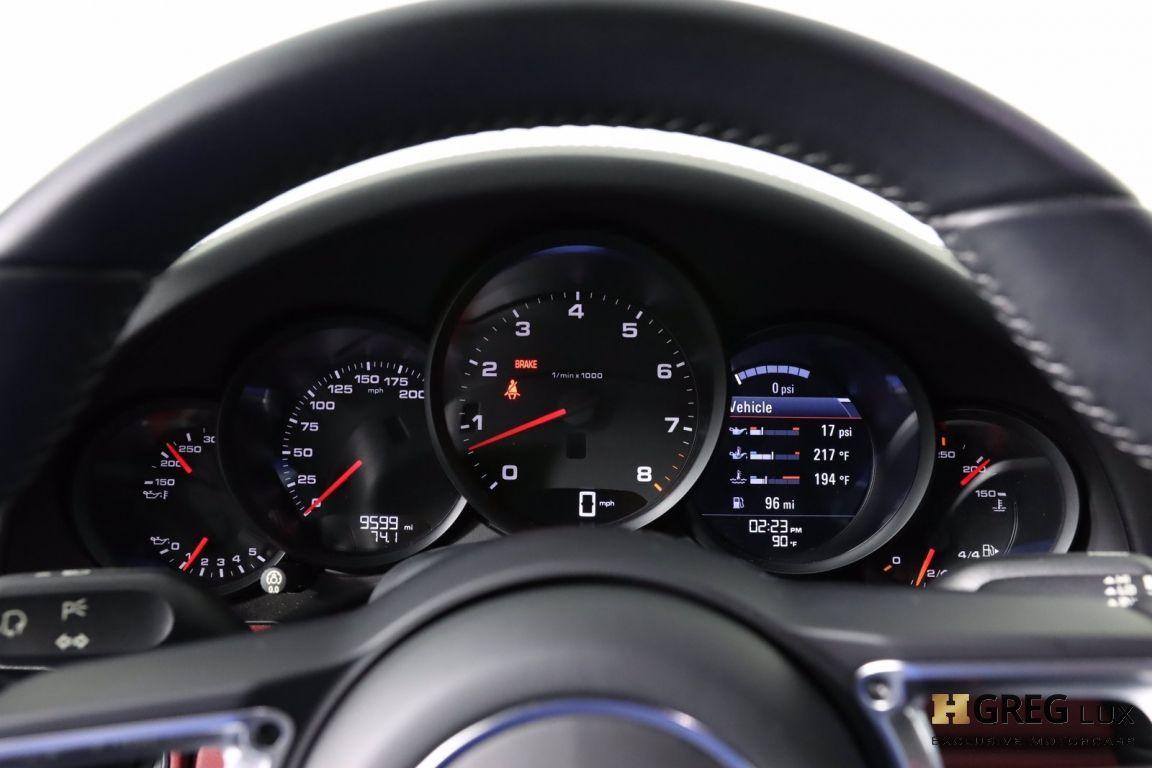 2017 Porsche 911 Carrera 4 #50