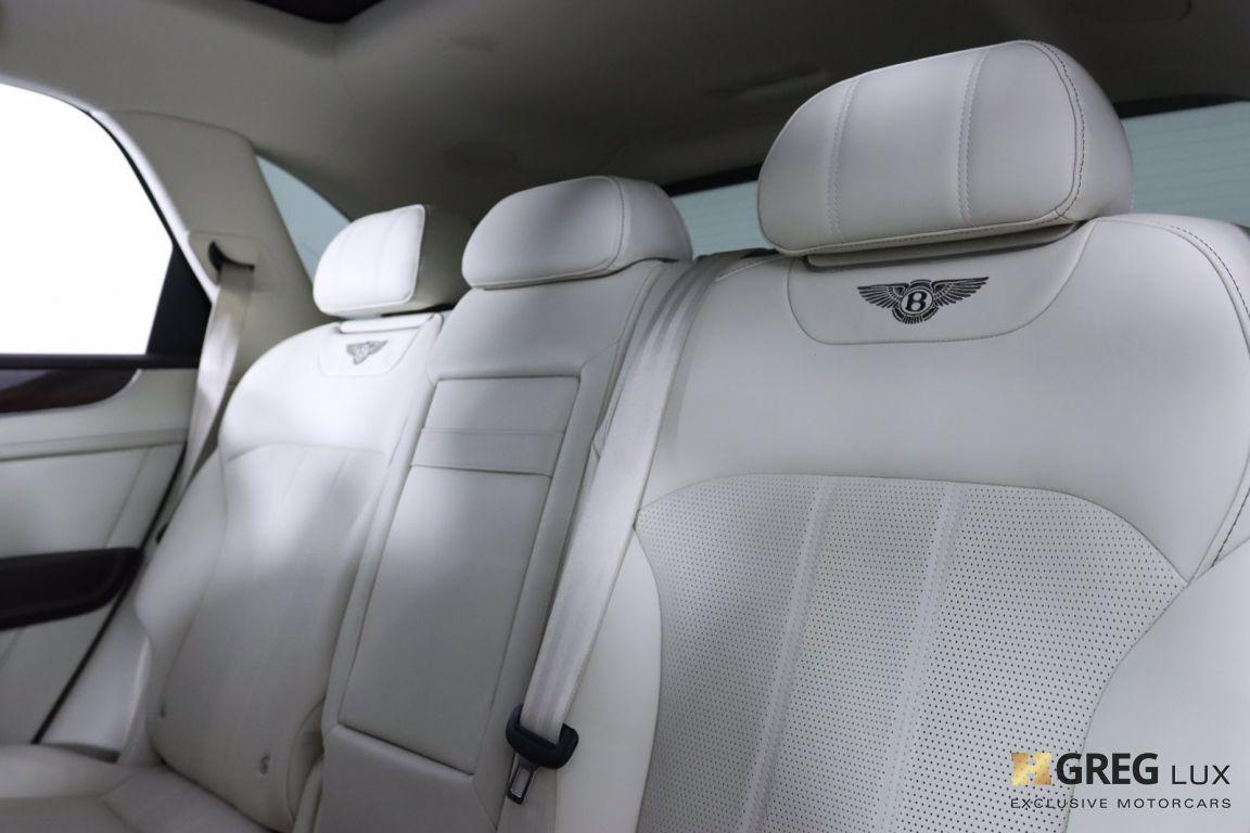 2019 Bentley Bentayga V8 #36
