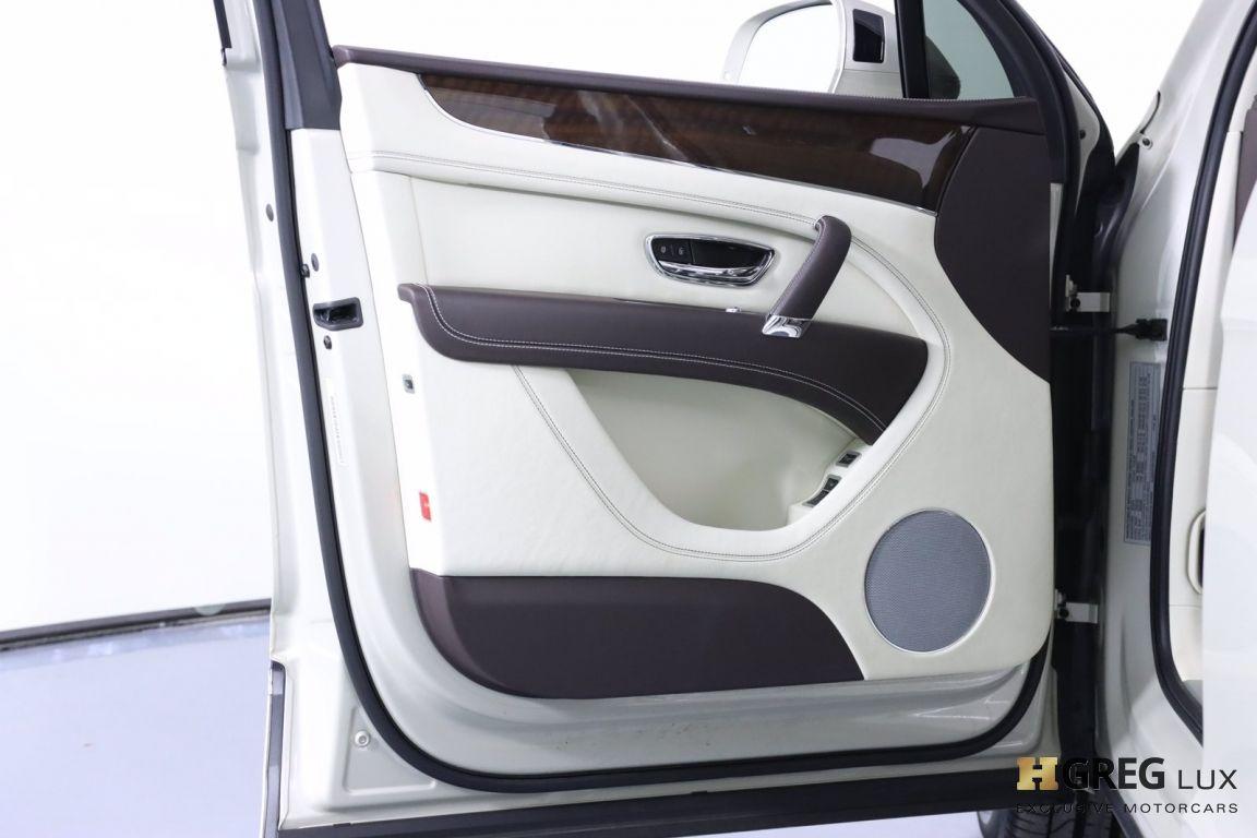2019 Bentley Bentayga V8 #42