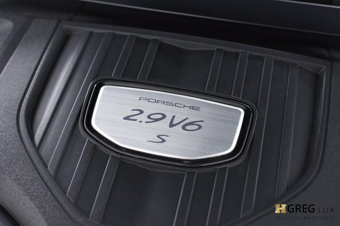 2017 Porsche Panamera 4S #64