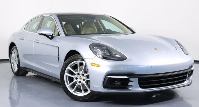 2017 Porsche Panamera 4S #0