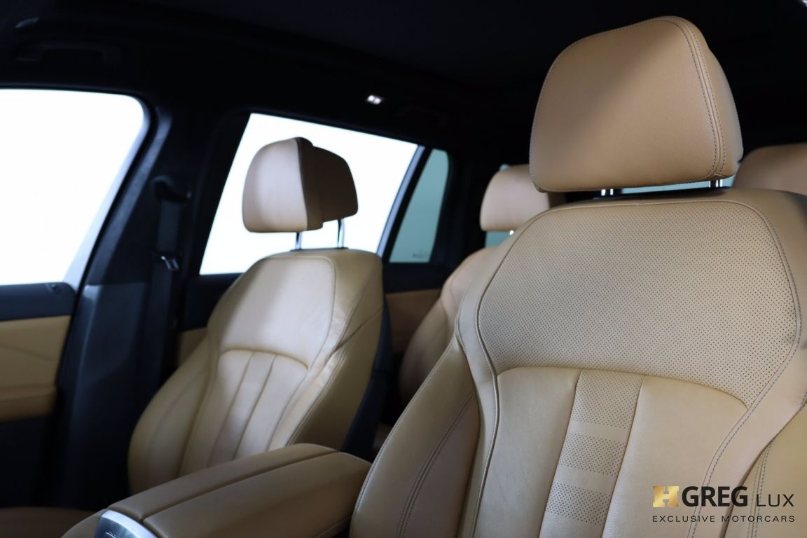 2019 BMW X7 xDrive50i #2