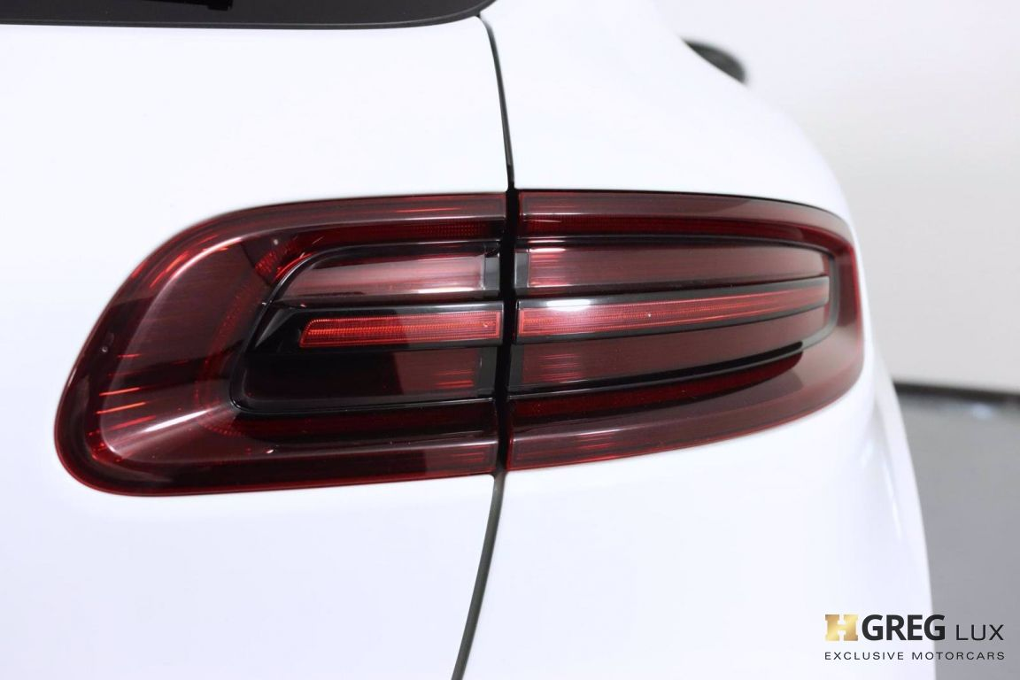 2018 Porsche Macan Turbo #20