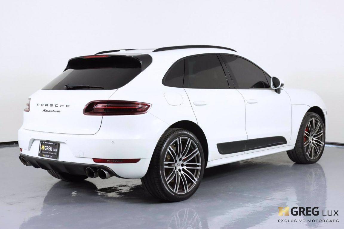 2018 Porsche Macan Turbo #17