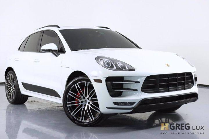 2018 Porsche Macan Turbo #0