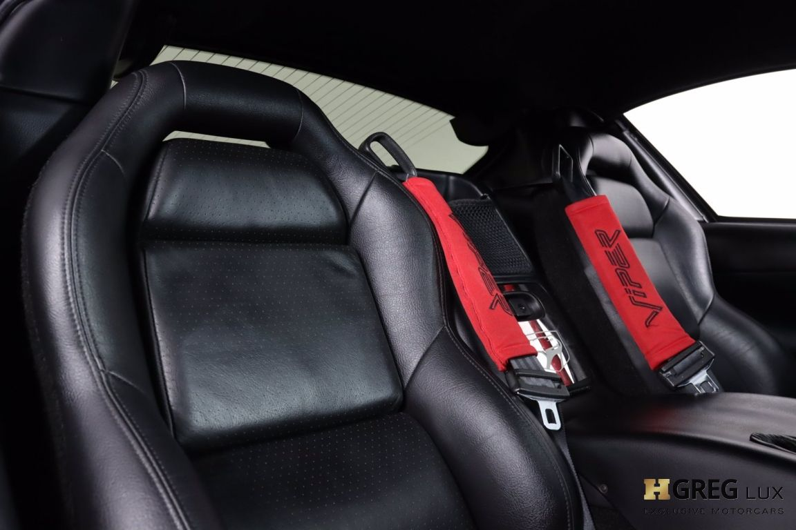 1997 Dodge Viper GTS #33