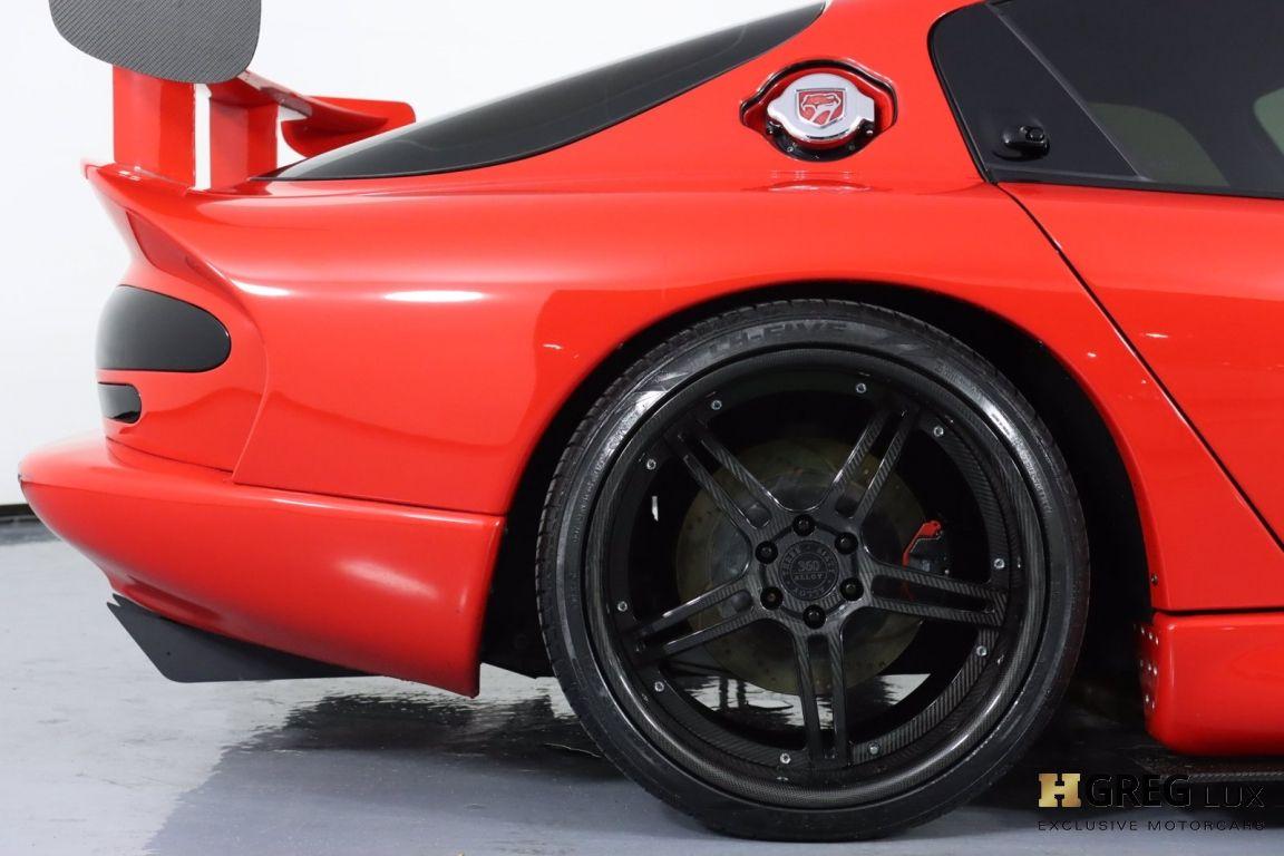 1997 Dodge Viper GTS #15