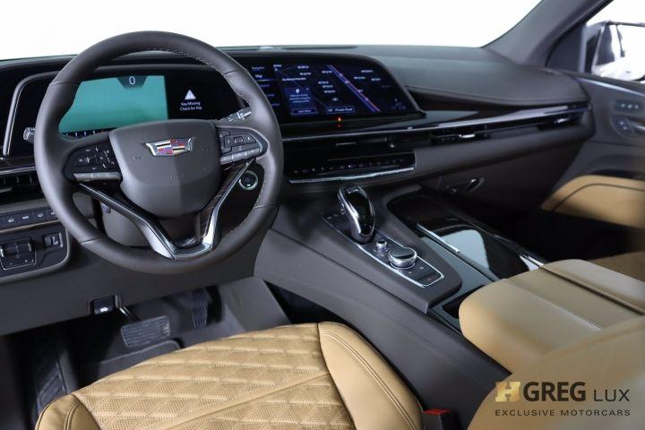 2021 Cadillac Escalade Sport #1