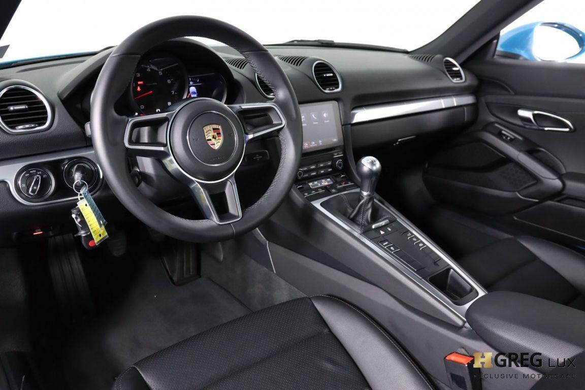 2018 Porsche 718 Cayman  #1
