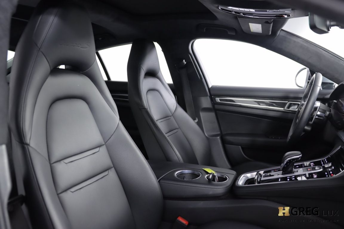 2018 Porsche Panamera Turbo S E-Hybrid #31