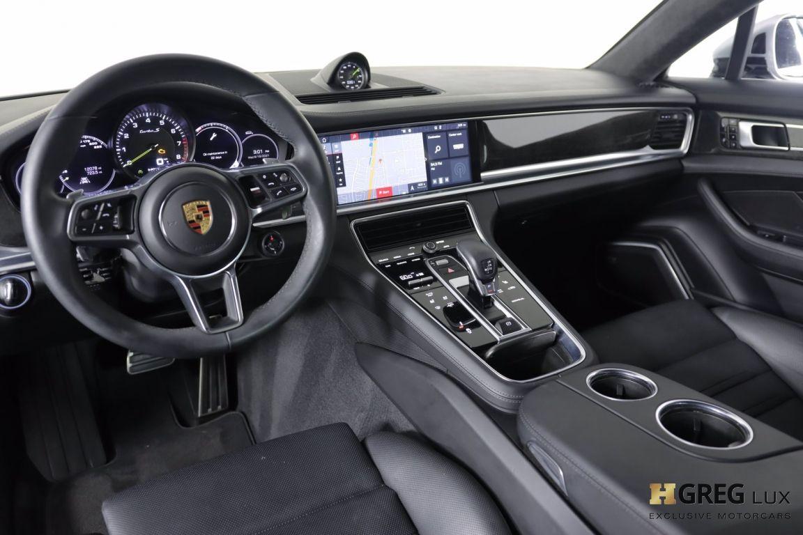 2018 Porsche Panamera Turbo S E-Hybrid #1