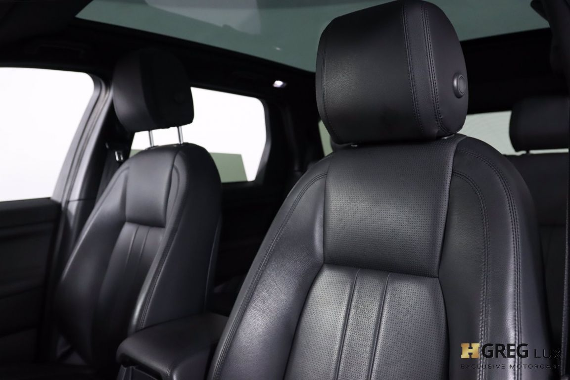 2019 Land Rover Discovery Sport  #2