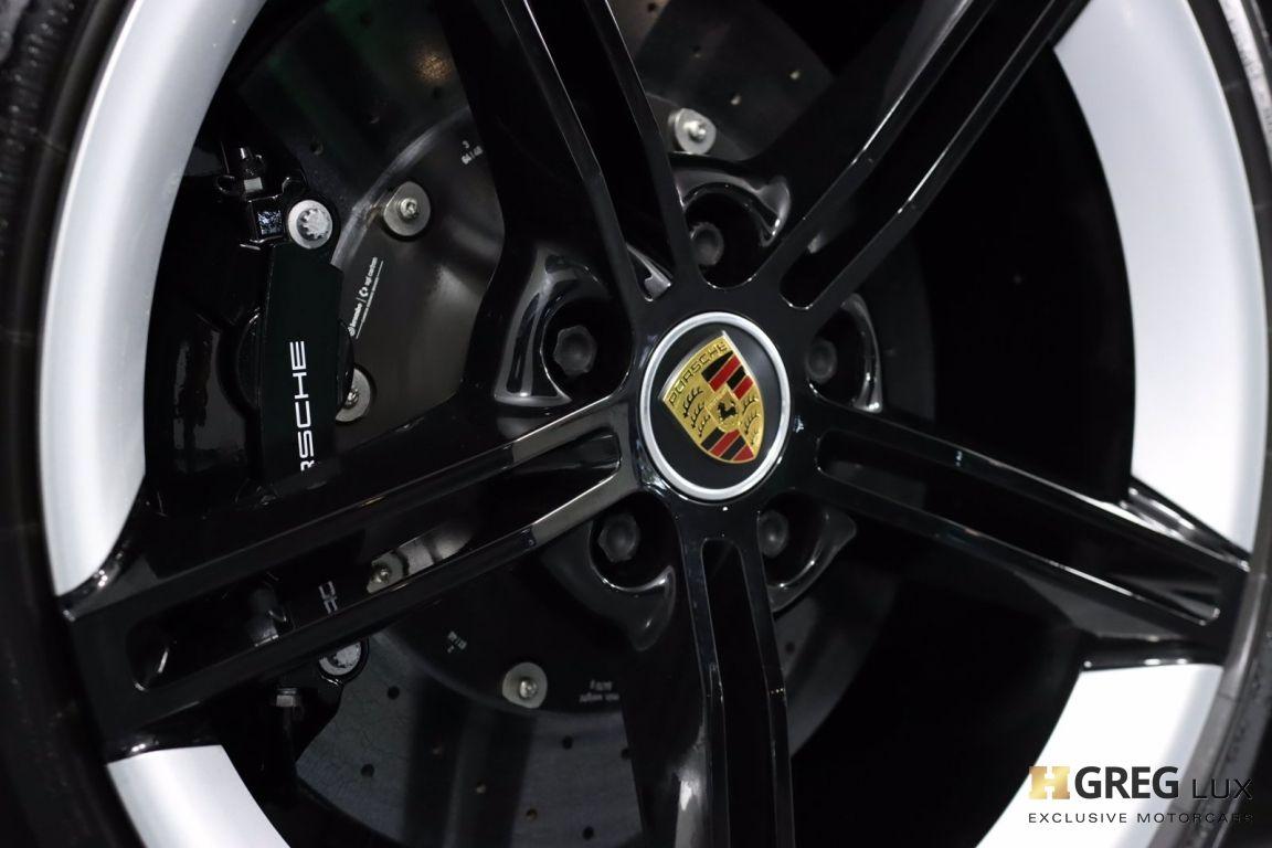 2020 Porsche Taycan Turbo S #17