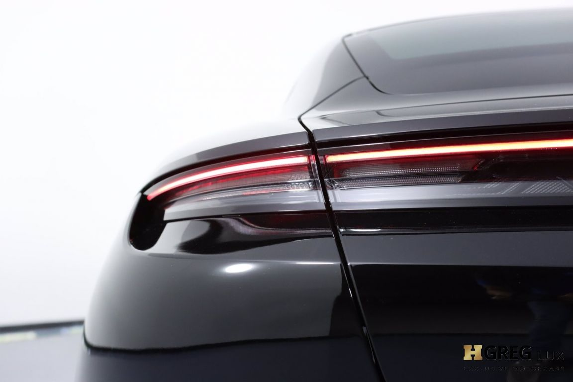 2020 Porsche Taycan Turbo S #20