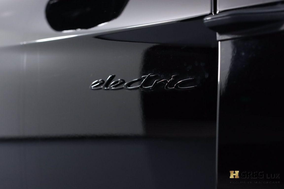 2020 Porsche Taycan Turbo S #14