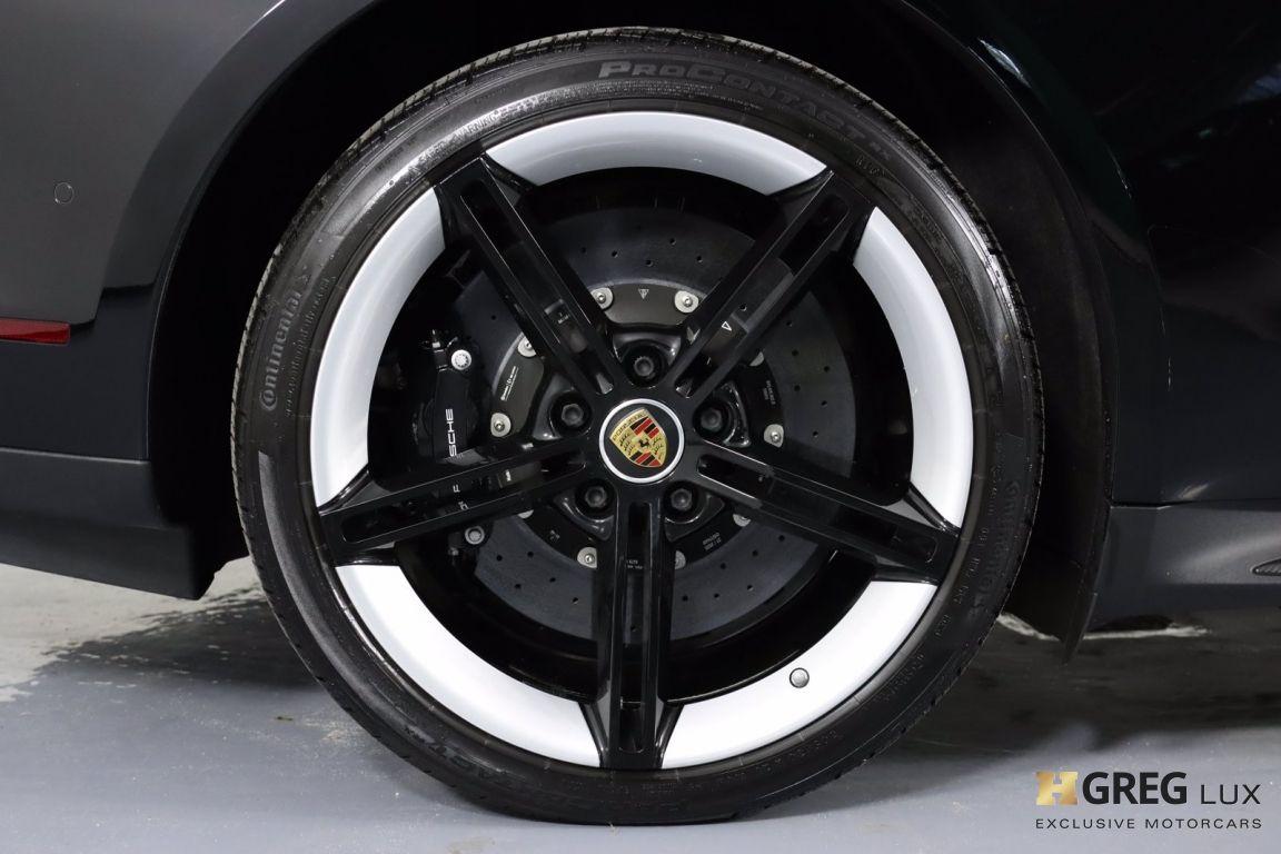 2020 Porsche Taycan Turbo S #16