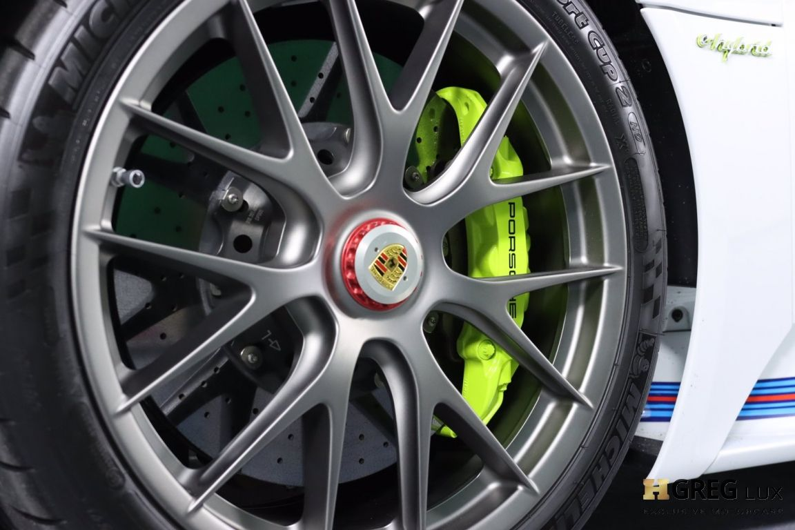 2015 Porsche 918 Spyder  #31