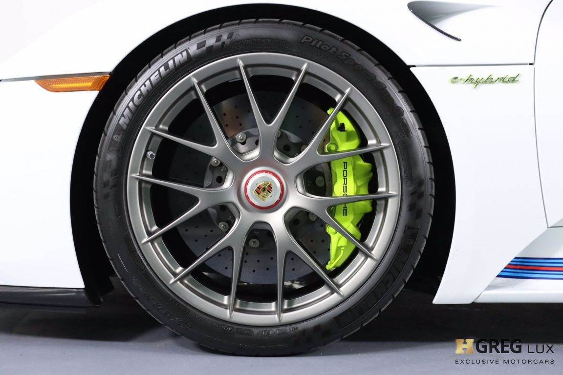 2015 Porsche 918 Spyder  #30