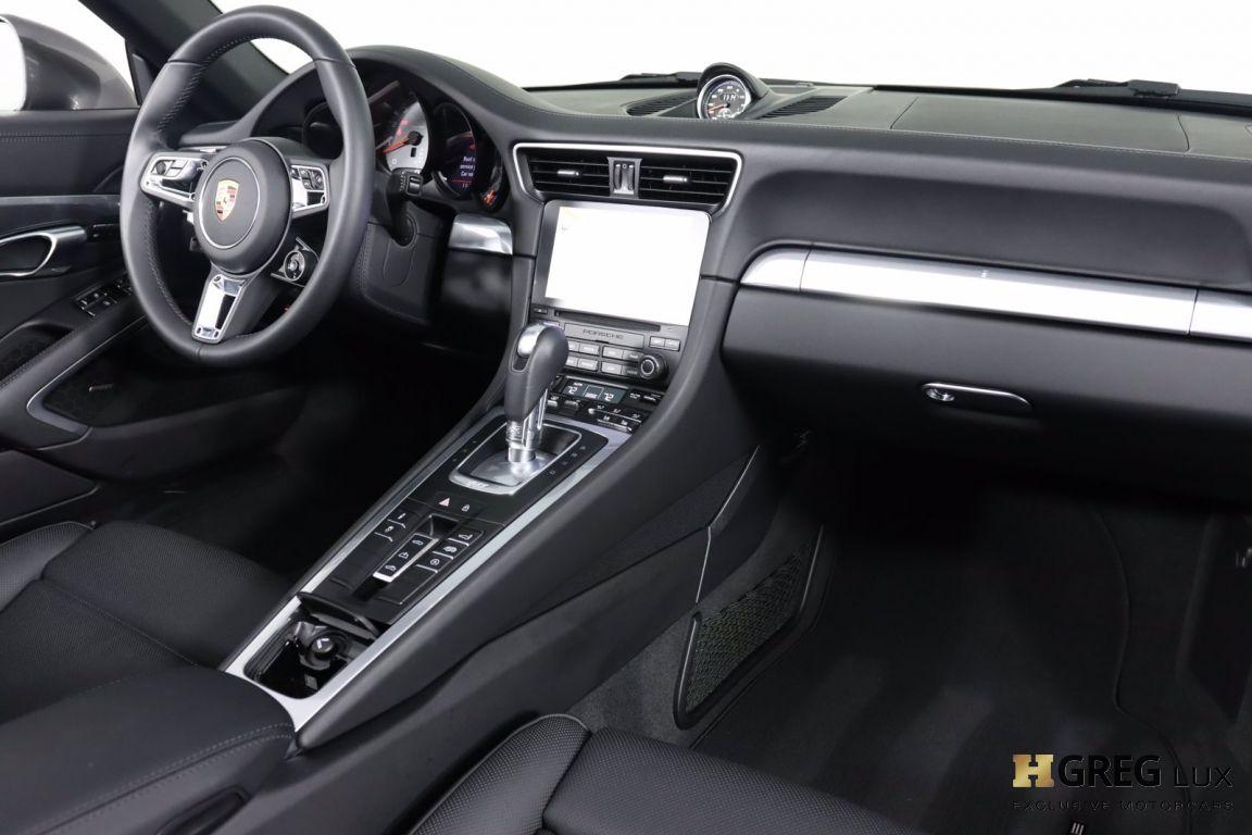 2019 Porsche 911 Carrera 4S #64