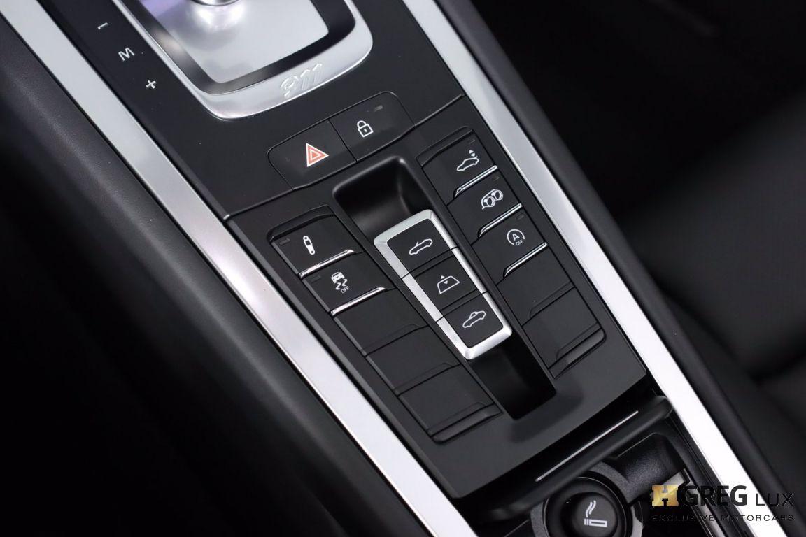 2019 Porsche 911 Carrera 4S #51