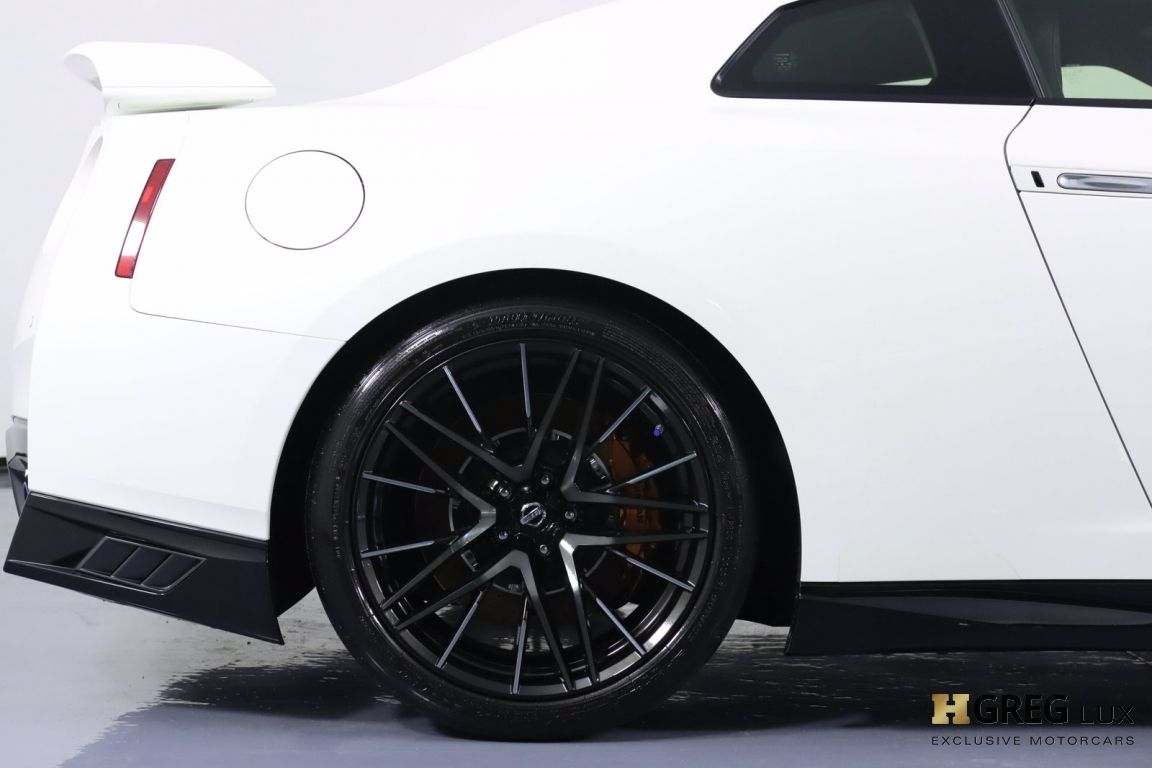 2020 Nissan GT R Premium #14
